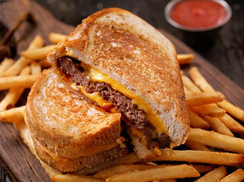 Cheeseburger「Grilled Cheese Sandwich Burger」:スマホ壁紙(15)