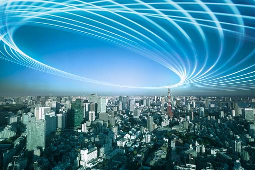 Tokyo Tower「Light trail over the city」:スマホ壁紙(9)