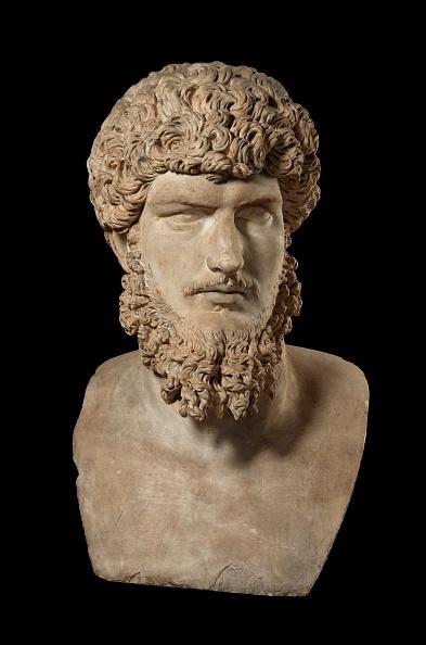 Bust - Sculpture「Colossal Portrait Of Lucius Verus」:写真・画像(17)[壁紙.com]