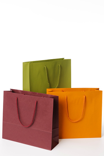 Three Objects「Isolated shot of three shopping bags on white background」:スマホ壁紙(16)