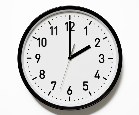 Single Word「Isolated shot of 2 O'Clock clock face on white background」:スマホ壁紙(4)