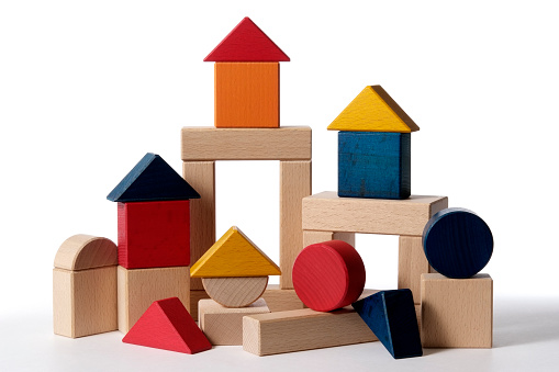 Heap「Isolated shot of home building wood blocks on white background」:スマホ壁紙(1)