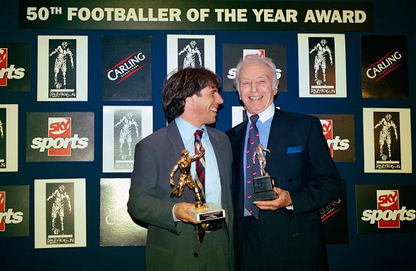 Soccer Player「Gianfranco Zola and Stanley Matthews」:写真・画像(4)[壁紙.com]