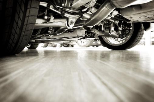 Garage「Sportscar technik from below」:スマホ壁紙(5)