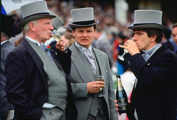 Party - Social Event「Racegoers at the Epsom Derby, Surrey, UK」:写真・画像(11)[壁紙.com]
