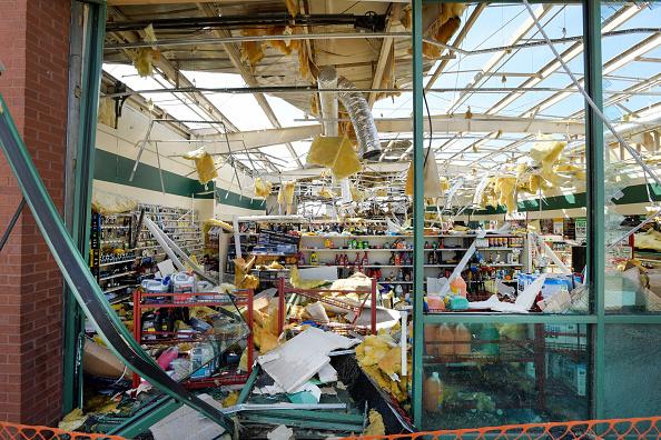 Nashville「Over 20 Dead After Tornadoes Roar Across Tennessee, Including Nashville」:写真・画像(6)[壁紙.com]