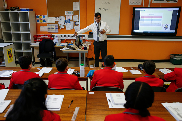 Classroom「City Of London Academy Highgate Hill Starts To Reopen」:写真・画像(14)[壁紙.com]