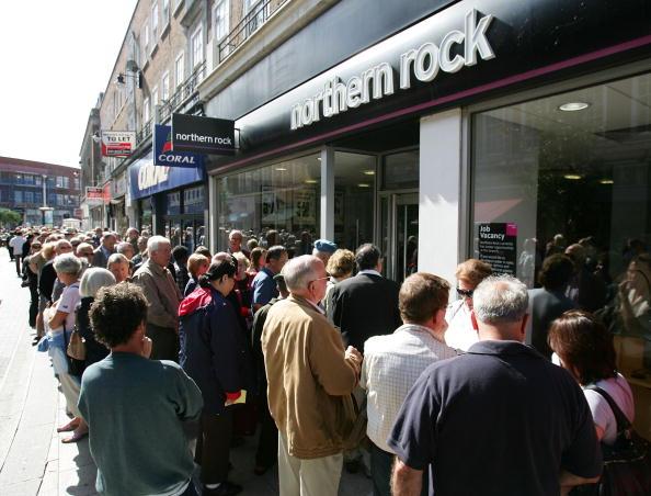 Kingston-upon-thames「Northern Rock Seeks Emergency Help From Government」:写真・画像(1)[壁紙.com]