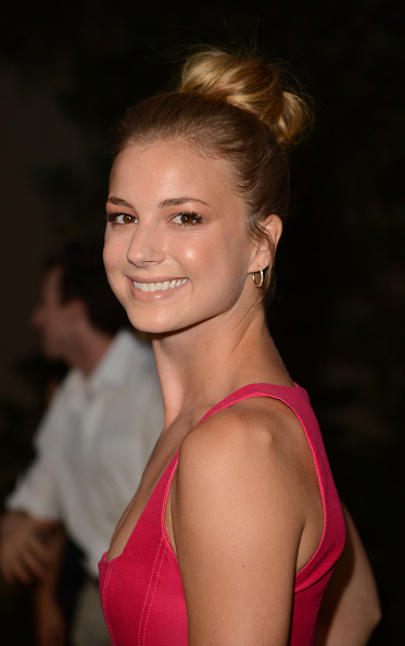 Emily VanCamp「2012 Environmental Media Awards  - Arrivals」:写真・画像(12)[壁紙.com]