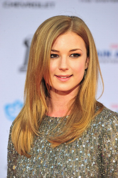 "Emily VanCamp「Premiere Of Marvel's ""Captain America: The Winter Soldier"" - Arrivals」:写真・画像(2)[壁紙.com]"