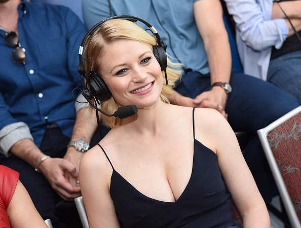 Emilie De Ravin「SiriusXM's Entertainment Weekly Radio Channel Broadcasts From Comic-Con 2016 - Day 3」:写真・画像(16)[壁紙.com]