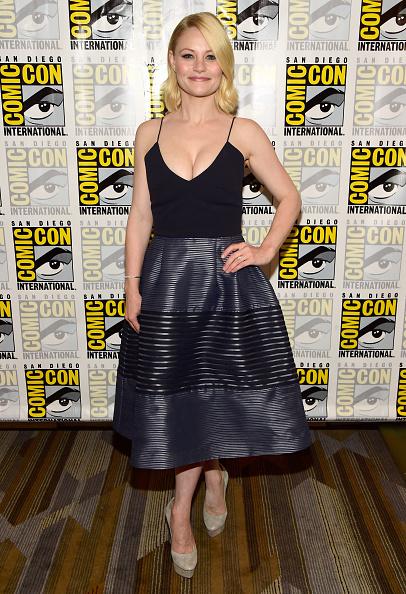 "Emilie De Ravin「Comic-Con International 2016 - ""Once Upon A Time"" Press Line」:写真・画像(13)[壁紙.com]"