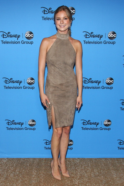 "Emily VanCamp「Disney & ABC Television Group's ""2013 Summer TCA Tour"" - Arrivals」:写真・画像(5)[壁紙.com]"