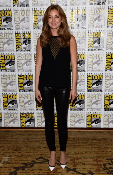 """Emily VanCamp「Marvel Studios' """"Thor: The Dark World,"""" """"Captain America: The Winter Soldier"""" And """"Guardians Of The Galaxy"""" Red Carpet - Comic-Con International 2013」:写真・画像(19)[壁紙.com]"""