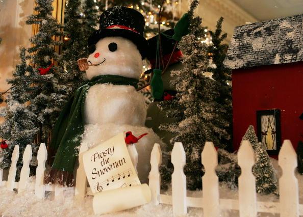 snowman「First Lady Laura Bush Shows White House Christmas Decorations」:写真・画像(1)[壁紙.com]