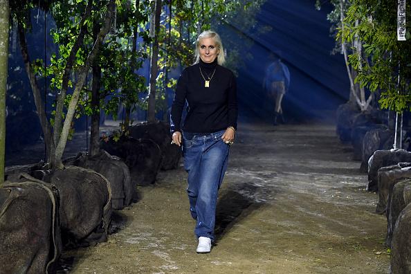Catwalk - Stage「Christian Dior : Runway - Paris Fashion Week - Womenswear Spring Summer 2020」:写真・画像(0)[壁紙.com]