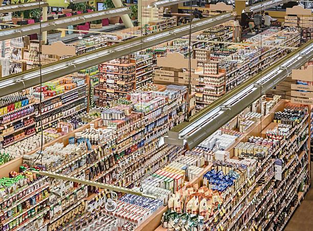 Displays in grocery store:スマホ壁紙(壁紙.com)