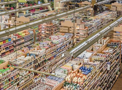 Retail「Displays in grocery store」:スマホ壁紙(15)