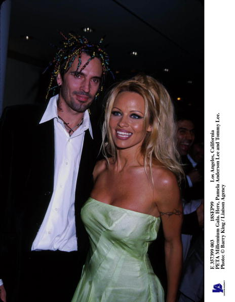 Millennium「Peta Millennium Gala Here Pamela Anderson Lee And Tom」:写真・画像(14)[壁紙.com]