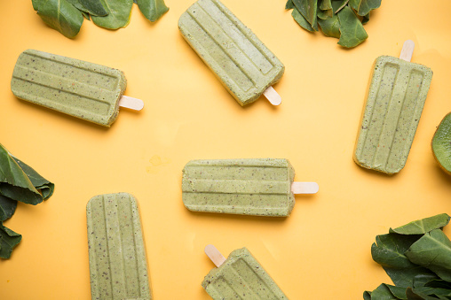 Kiwi「Popsicle made from kiwi and chard」:スマホ壁紙(18)