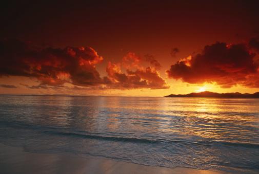 Part of a Series「Sunset at beach, view」:スマホ壁紙(18)