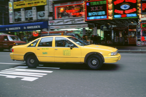 Yellow「New York City taxi cab 1995」:写真・画像(2)[壁紙.com]