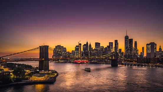 New York State「New York City skyline and Brooklyn Bridge at sunset」:スマホ壁紙(11)