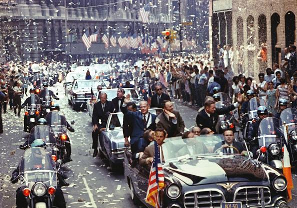 Greeting「30th Anniversary of Apollo 11 Moon Mission」:写真・画像(8)[壁紙.com]