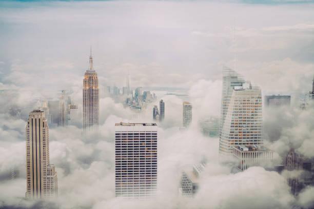 New york city skyline with clouds:スマホ壁紙(壁紙.com)