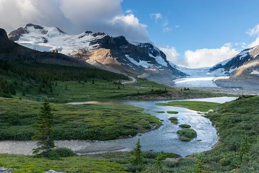 コロンビア大氷原「Athabasca Glacier」:スマホ壁紙(2)