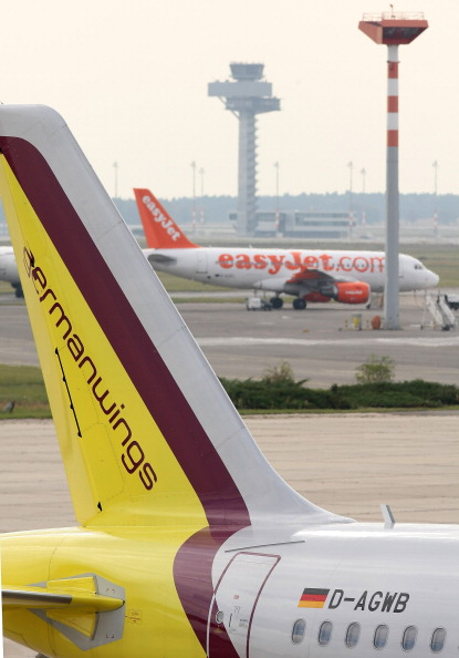 Inexpensive「Lufthansa To Shift More Flights To Germanwings」:写真・画像(8)[壁紙.com]