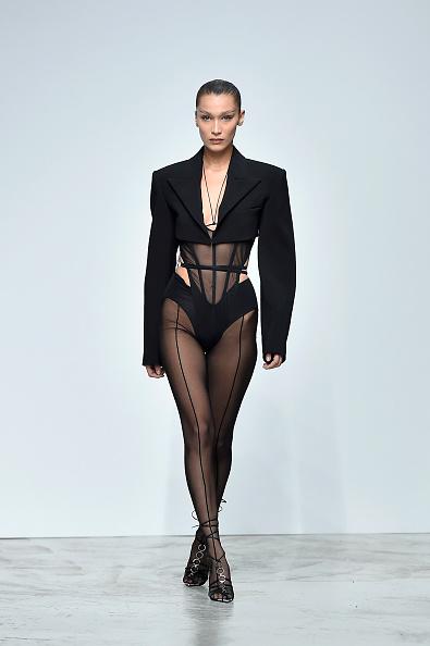Catwalk - Stage「Mugler : Runway - Paris Fashion Week - Womenswear Spring Summer 2020」:写真・画像(5)[壁紙.com]