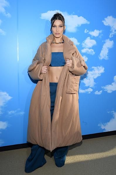 Necklace「Louis Vuitton : Photocall - Paris Fashion Week - Menswear F/W 2020-2021」:写真・画像(3)[壁紙.com]