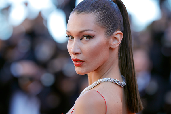 "Bella Hadid「""Okja"" Red Carpet Arrivals - The 70th Annual Cannes Film Festival」:写真・画像(0)[壁紙.com]"
