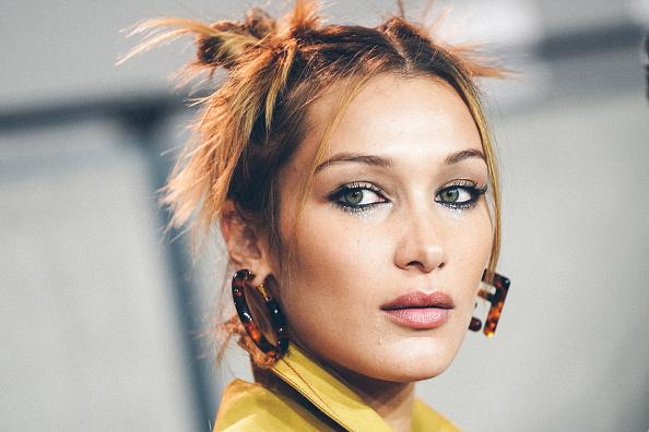 Bella Hadid「Fendi - Backstage - Milan Fashion Week Spring/Summer 2020」:写真・画像(11)[壁紙.com]