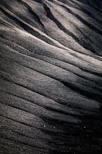 Volcano「The stark crater landscape of volcano Hverfjall, Hverfell.」:スマホ壁紙(8)