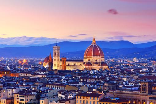 UNESCO「Florence Cityscape and Duomo Santa Maria Del Fiore」:スマホ壁紙(14)