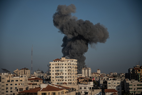 Gaza Strip「Israel Steps Up Gaza Attacks Amid Hamas Rocket Barrage」:写真・画像(2)[壁紙.com]