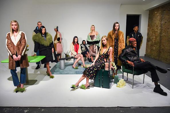 Ben Gabbe「Sandy Liang - Presentation - February 2017 - New York Fashion Week」:写真・画像(5)[壁紙.com]