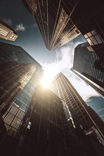 Corporate Business「manhattan office building from below」:スマホ壁紙(12)