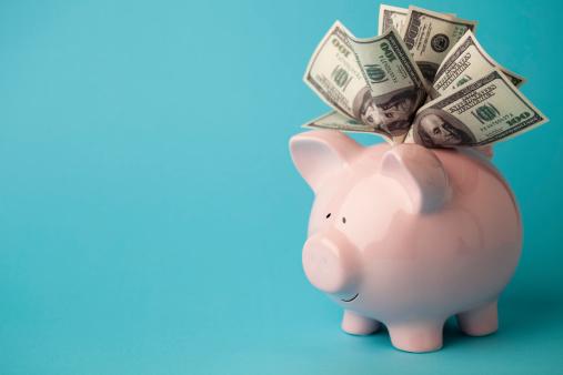 American One Hundred Dollar Bill「Pink piggybank stuffed with dollar bills」:スマホ壁紙(11)