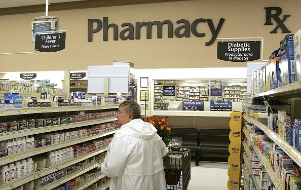 Drug「Wal-Mart Announces Large Cut In Generic Prescription Drug Prices」:写真・画像(12)[壁紙.com]