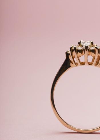 Colored Background「Engagement Ring」:スマホ壁紙(4)