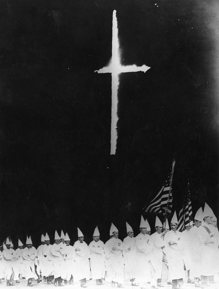 Contrasts「Klansmen Marching」:写真・画像(10)[壁紙.com]