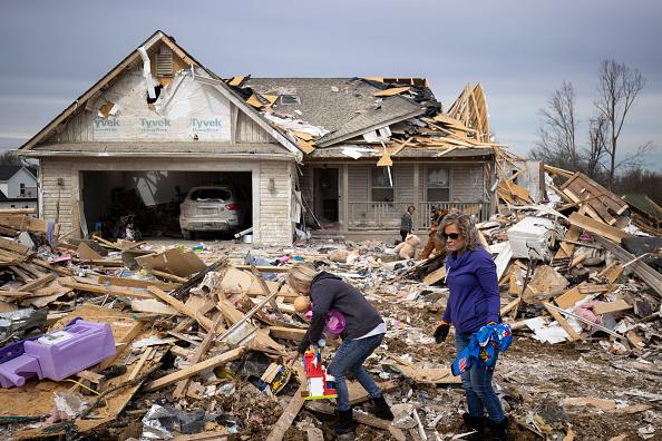 Tennessee「22 Dead As Tornadoes Roar Across Tennessee, Including Nashville」:写真・画像(6)[壁紙.com]