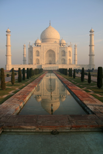 Alabaster「Taj Mahal at the first light of dawn, Agra, India」:スマホ壁紙(18)