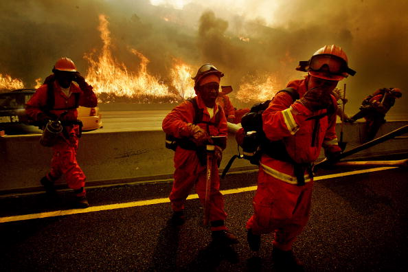 Inferno「Major Fires Converge In Southern California」:写真・画像(4)[壁紙.com]