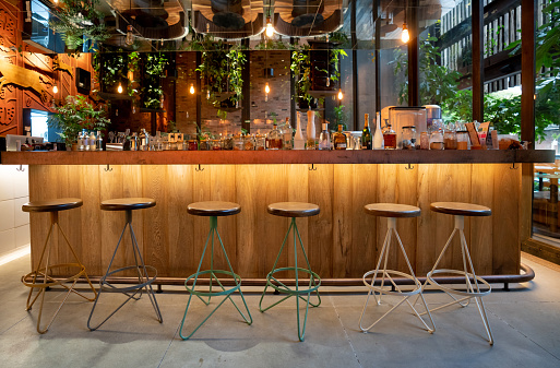 Beer Tap「Beautiful bar inside - no people」:スマホ壁紙(7)
