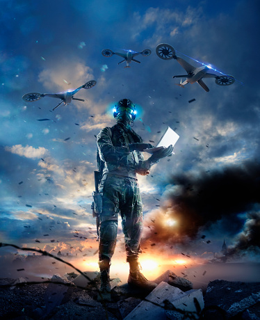 白人「Caucasian soldier using laptop in combat zone」:スマホ壁紙(10)
