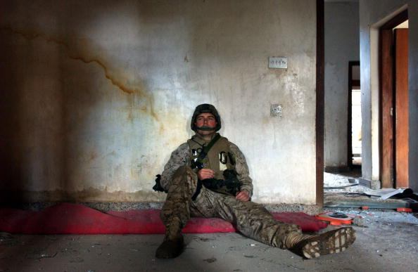 Army Soldier「U.S Marines Begin Ground Offensive On Fallujah」:写真・画像(7)[壁紙.com]